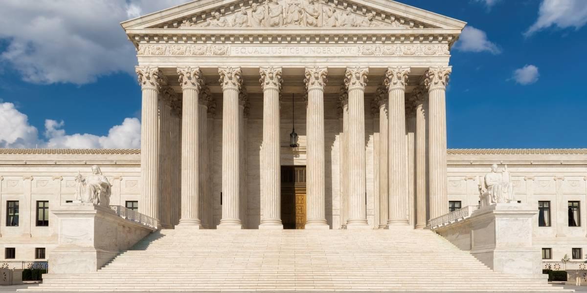 Tribunal Supremo de EEUU propina revés a DACA