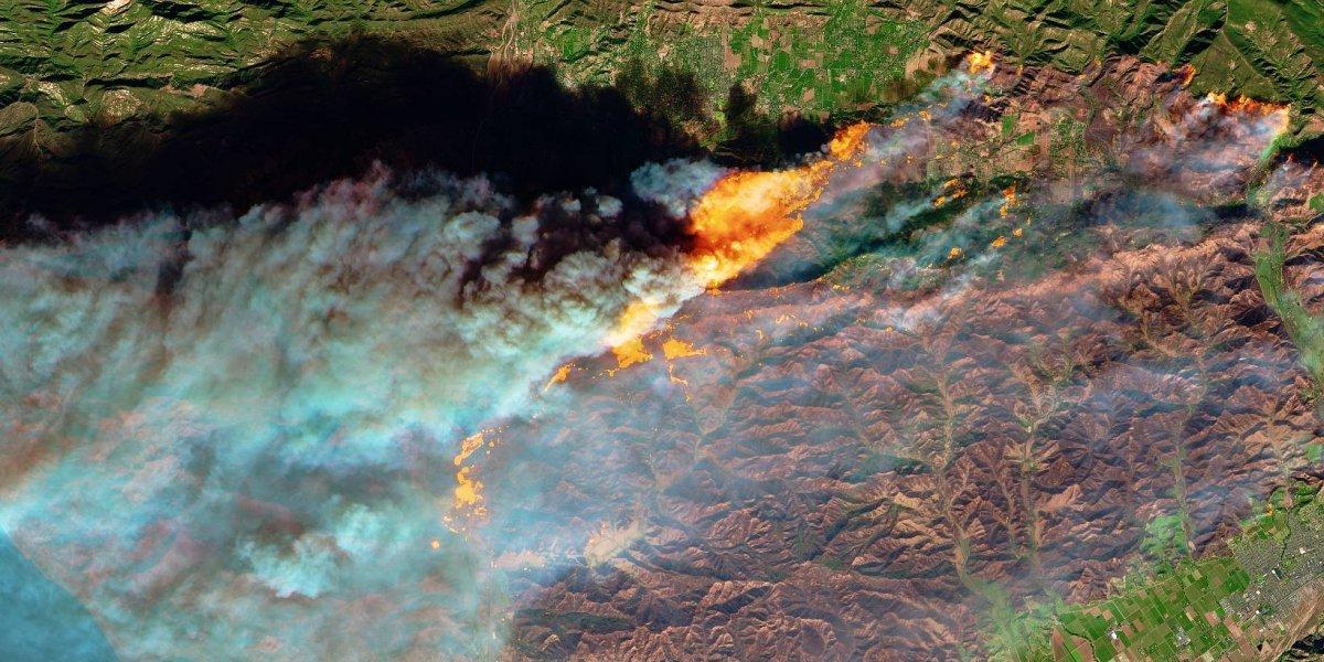 Incendios en California se pueden ver desde el espacio