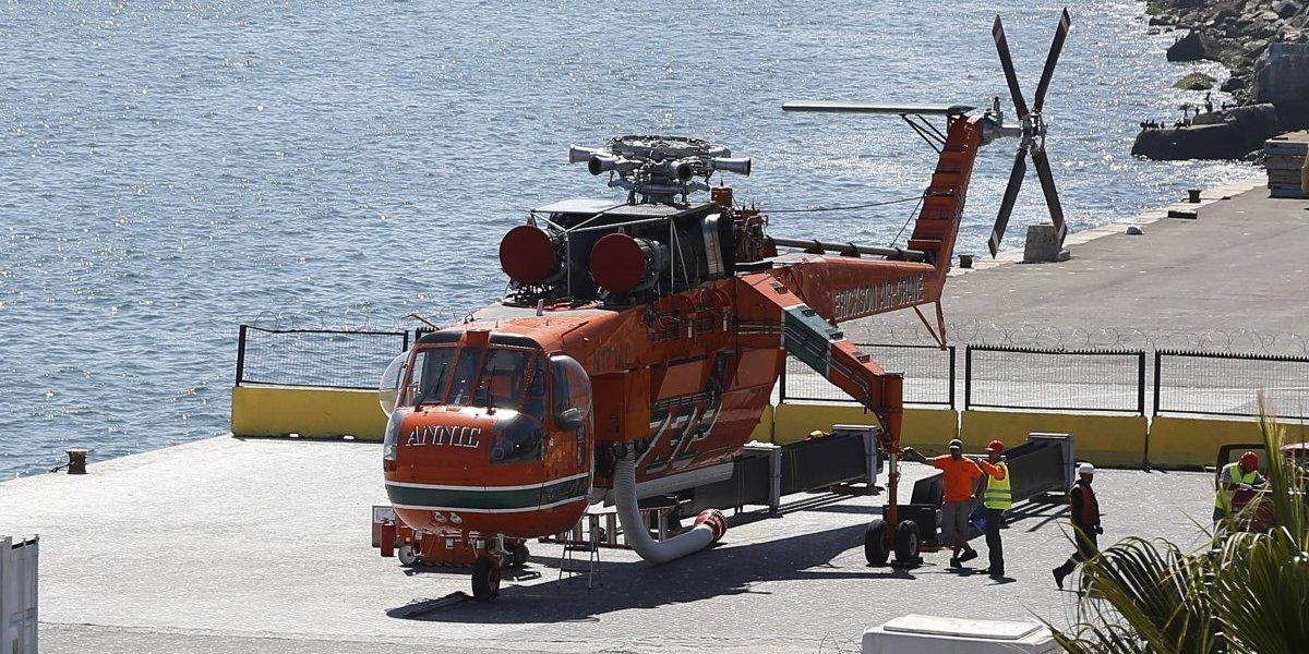 ¡Se llama Annie! Helicóptero más grande del mundo para combatir incendios forestales llegó a Valparaíso