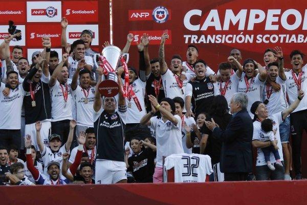 Colo Colo festejó el título / imagen: Agencia UNO
