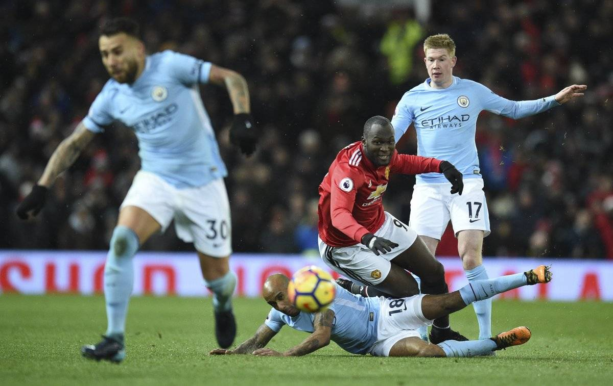 El United cayó por tercera vez en el torneo inglés.