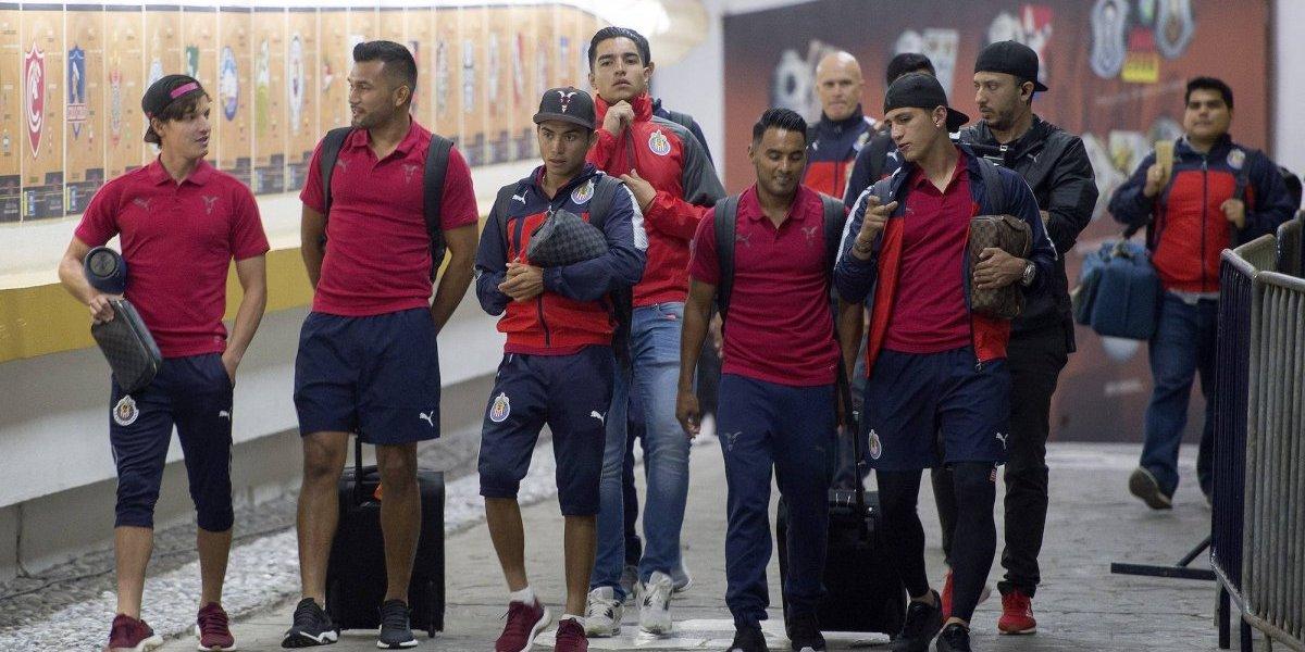 Más bajas que altas hasta ahora en Chivas