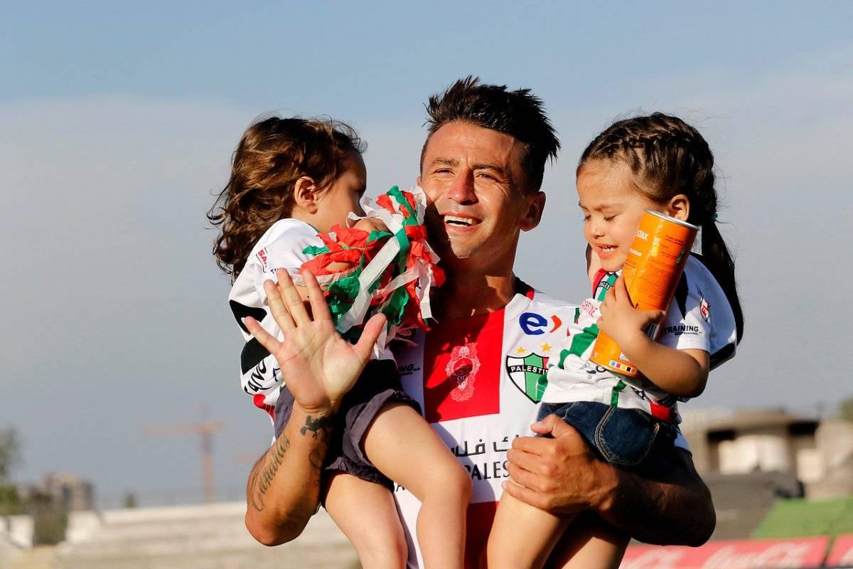 El Pájaro festejó con sus hijas / imagen: Agencia UNO