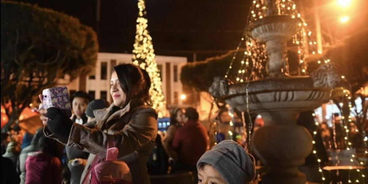 VIDEO. El espíritu de la Navidad se apodera de Mixco que luce su bella decoración