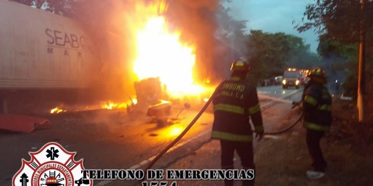 Incendio por accidente de dos tráileres en la ruta al Atlántico impide paso