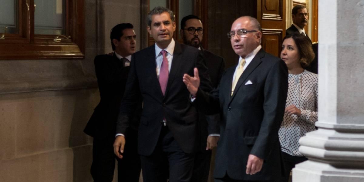 Ochoa felicita a nuevos presidentes del PAN y del PRD