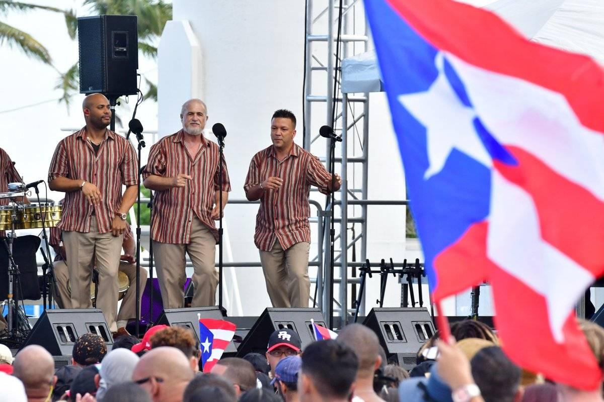 Unidos por Puerto Rico / Dennis Jones