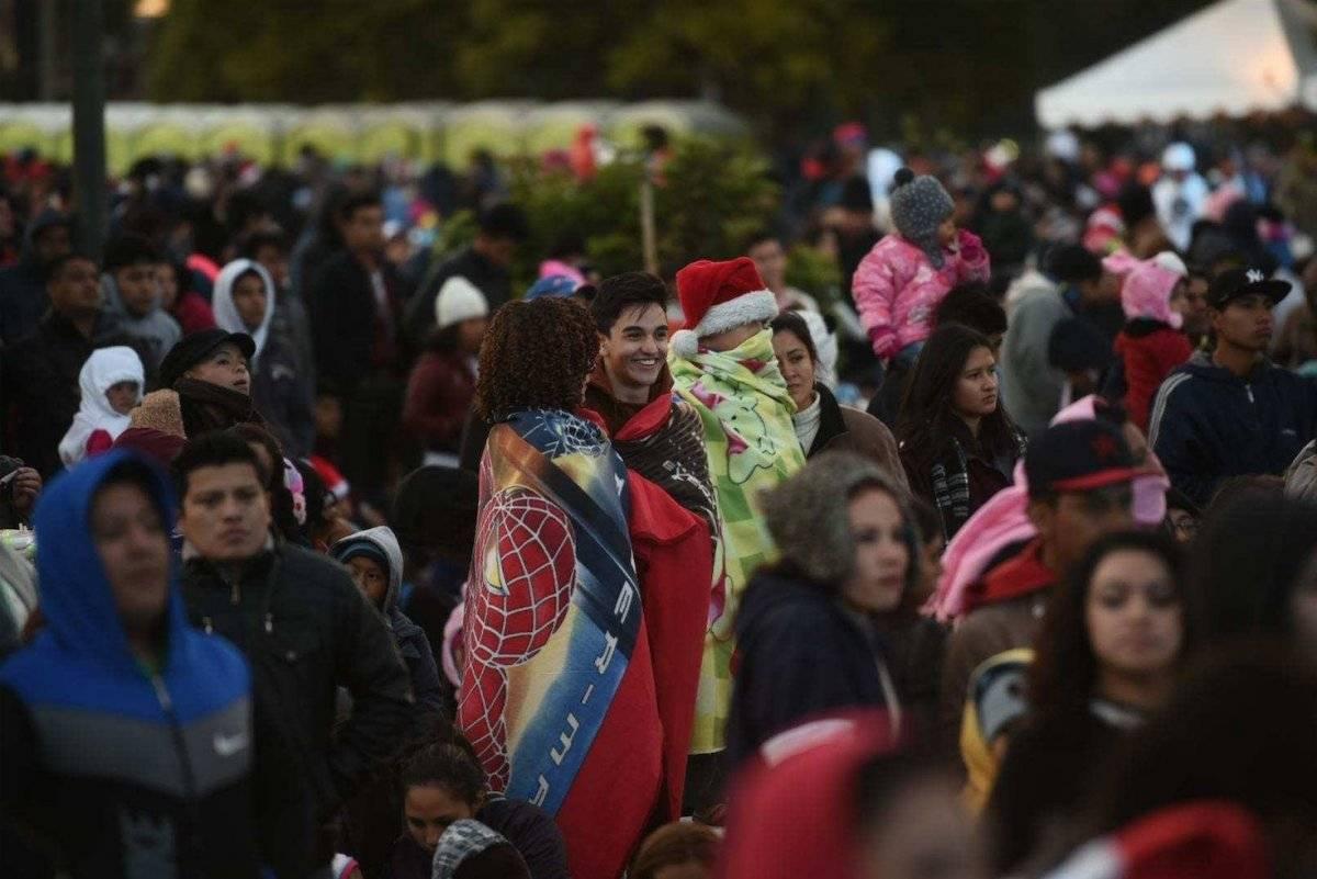 Miles de guatemaltecos asistieron al Show de Luces Campero 2017. Foto: Edwin Bercián