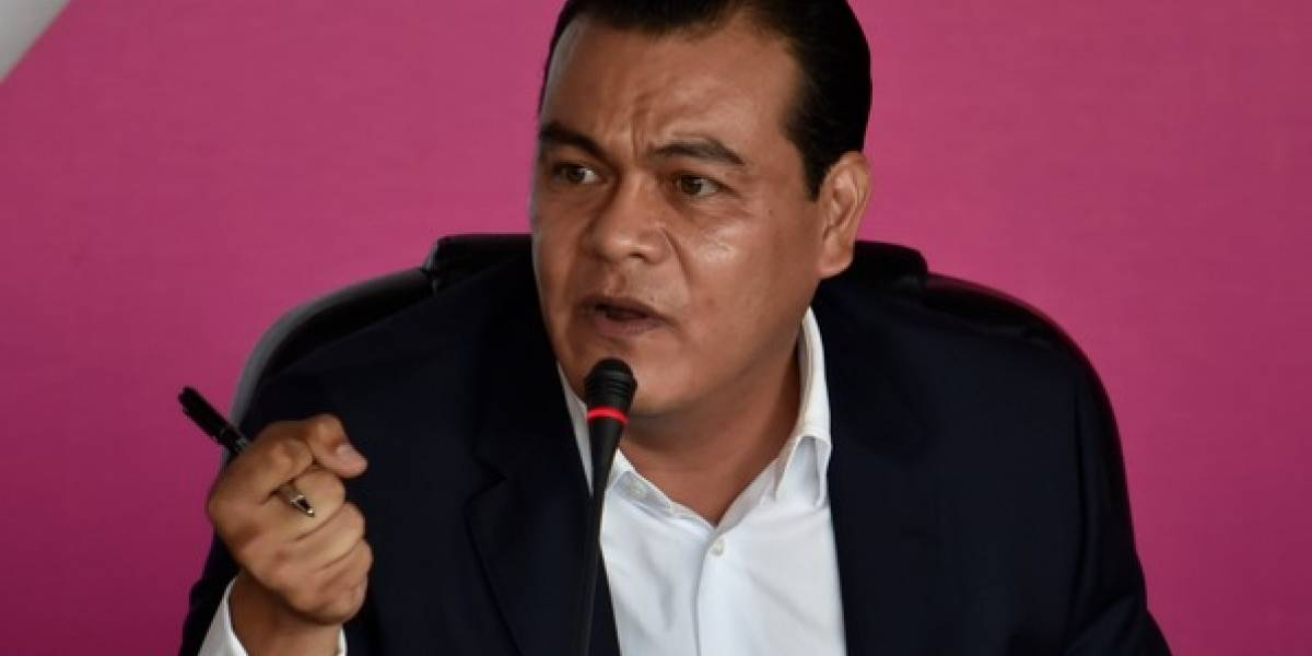 Juan Zepeda anuncia que contenderá por senaduría