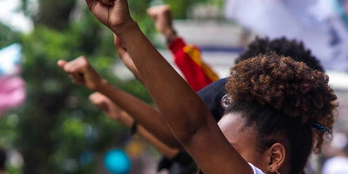 Risco de ser assassinada é quase quatro vezes maior para jovens negras