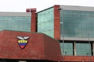https://www.metroecuador.com.ec/ec/noticias/2017/12/11/fef-respondio-los-arbitros-ecuatorianos.html