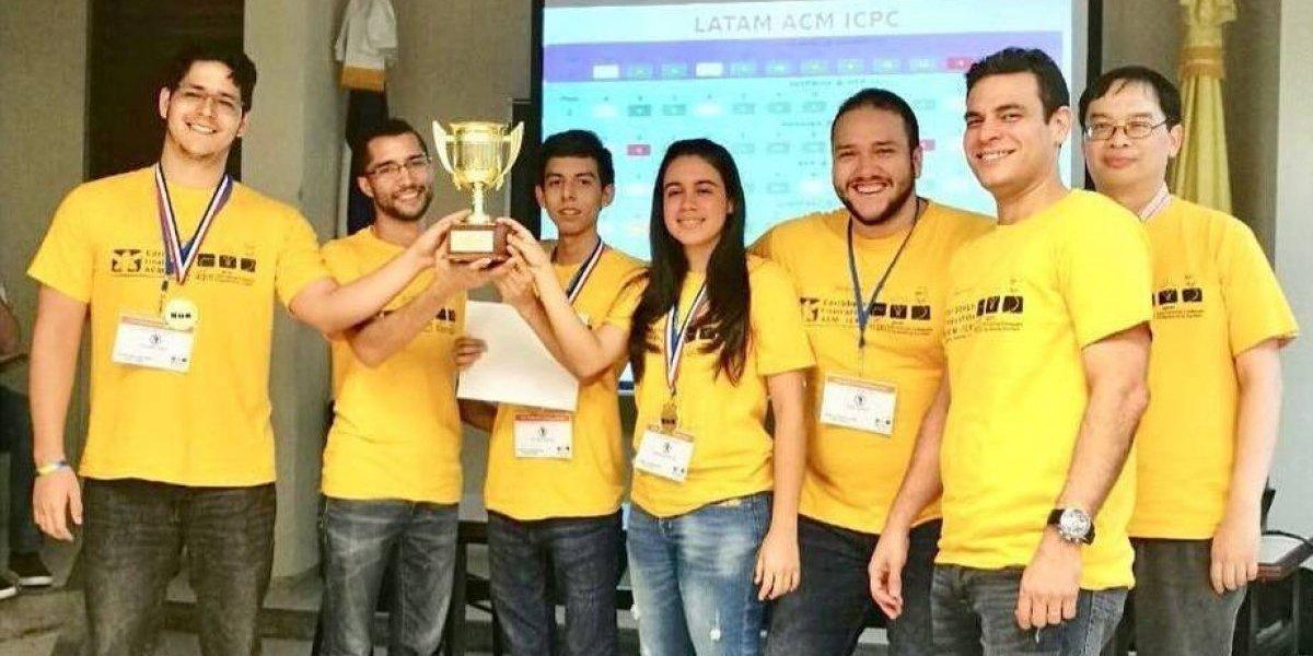 #TeVimosEn: PUCMM participa en Competencia Mundial de Programación