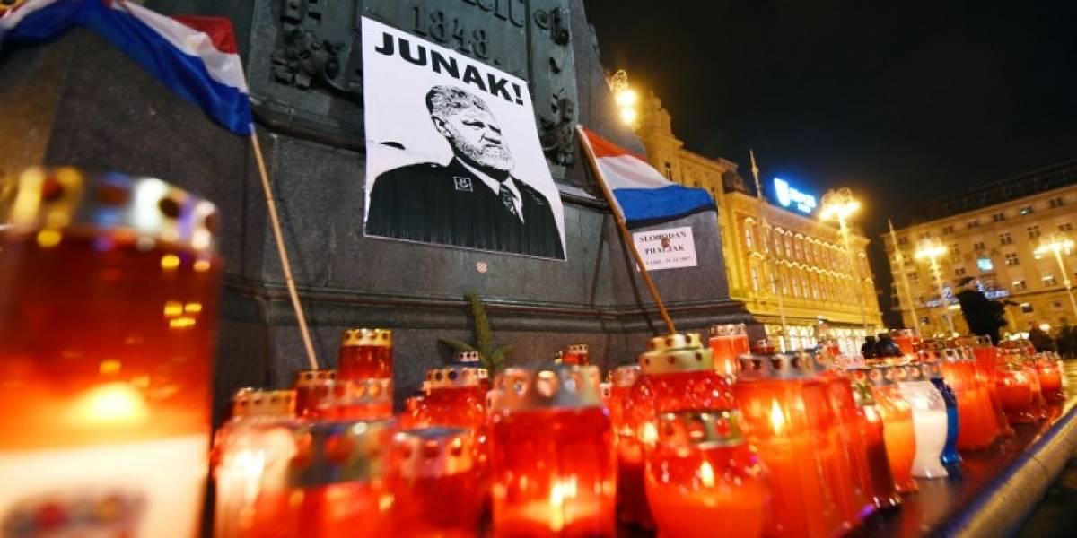 FOTOS. Homenajean a criminal croata que se suicidó en plena corte