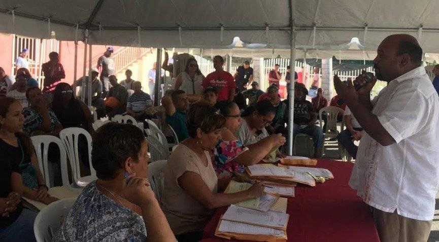 Empleados municipales de Río Grande reciben su aguinaldo