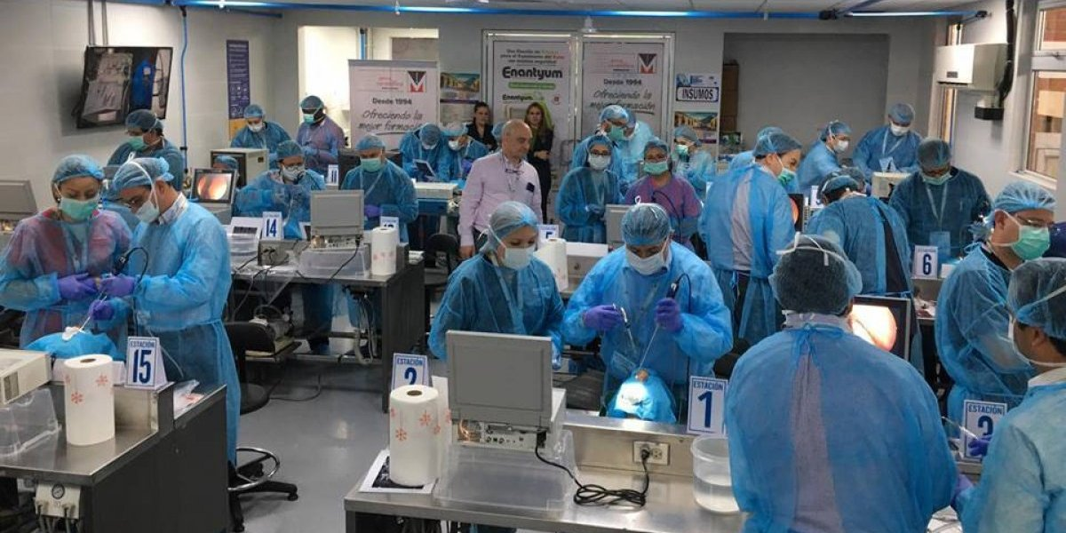 Por primera vez en Guatemala se realiza taller de cirugías en cadáveres frescos