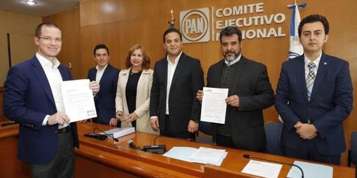 Ricardo Anaya se registra oficialmente como precandidato a la Presidencia