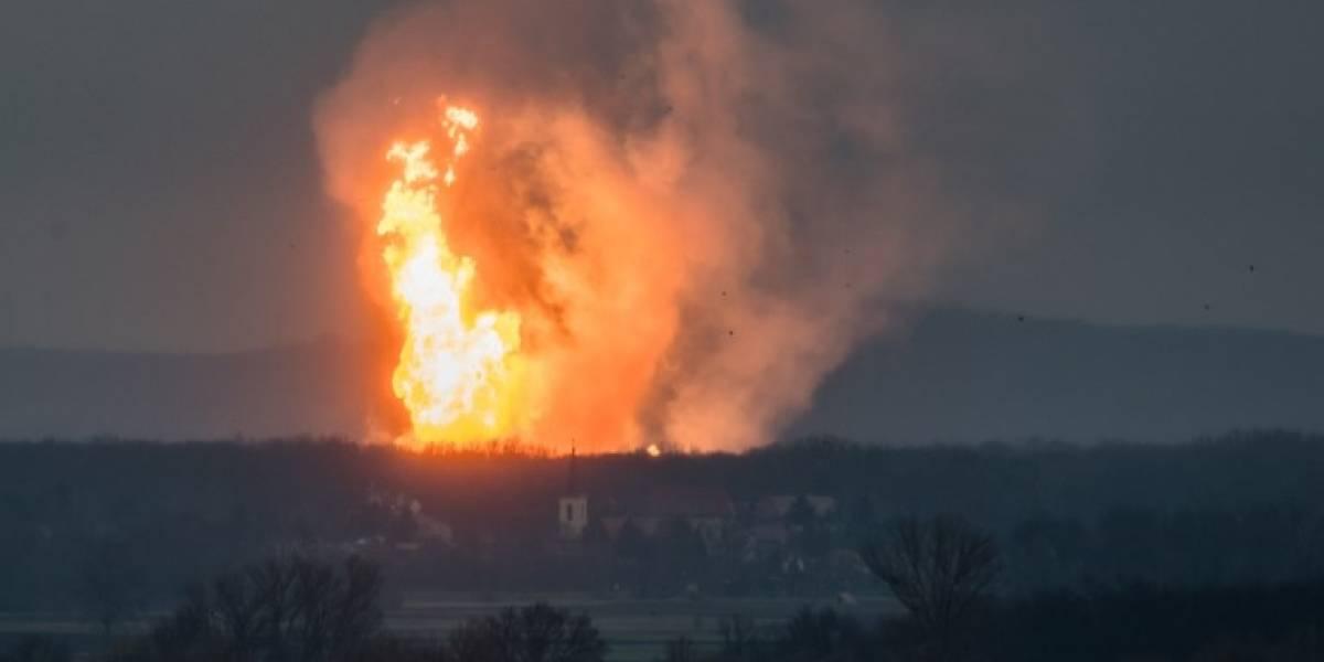 Las impresionantes postales tras explosión de terminal de gas en Austria que dejó un muerto y 18 heridos