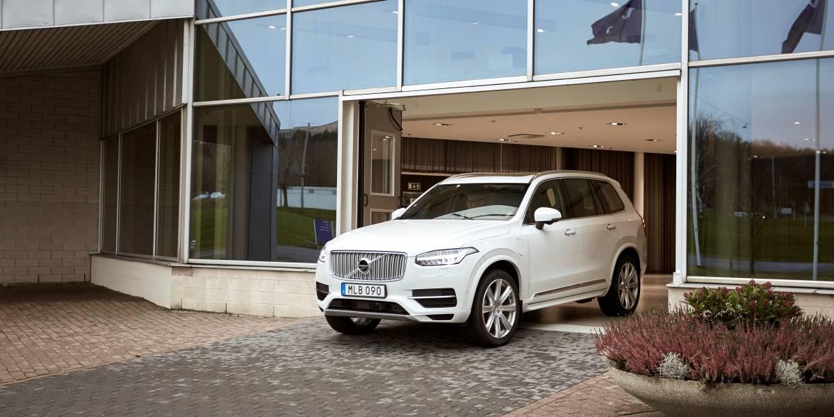 Con dos familias a cargo, los autos autónomos de Volvo comienzan a probarse