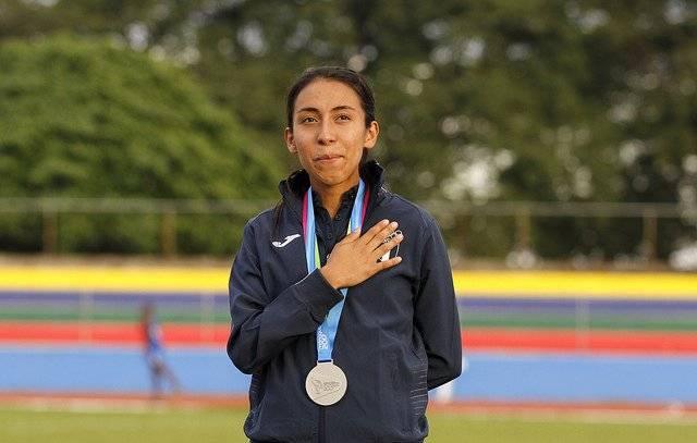 Evelyn Chávez se quedó la presea de plata.