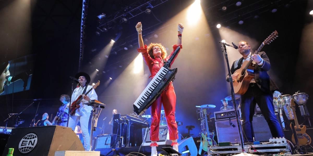 La danza del fuego: Arcade Fire hace bailar al Movistar Arena
