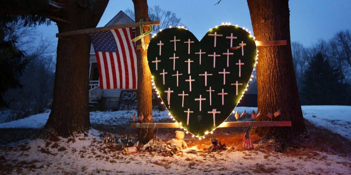 Cinco años después de la masacre, perdura el dolor en Newtown