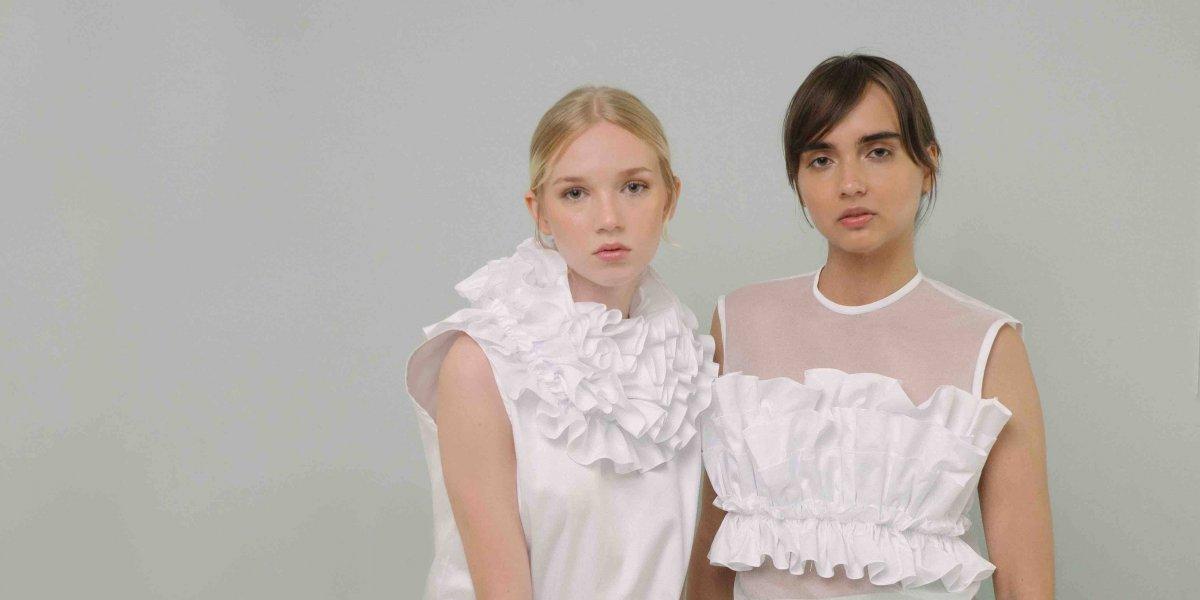 Marca ANA+María presenta colección de blusas 'Plicare'