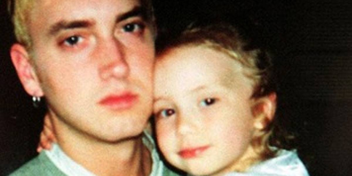 It looks like the daughter of Eminem in his 21 years