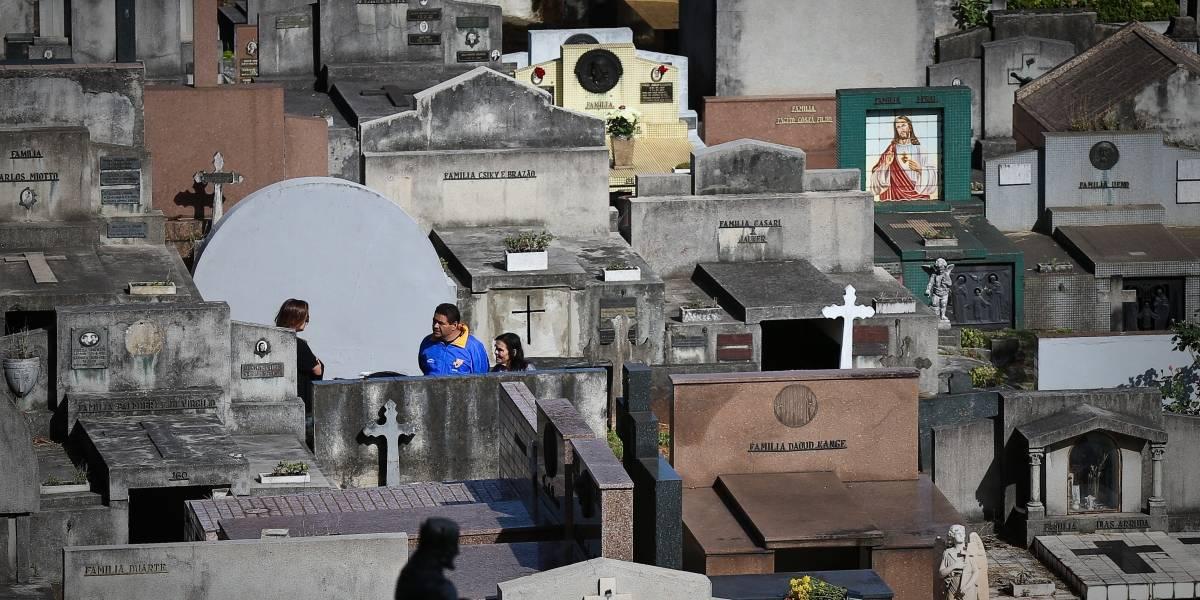 GCM prende suspeitos de furtar artigos no Cemitério do Araçá