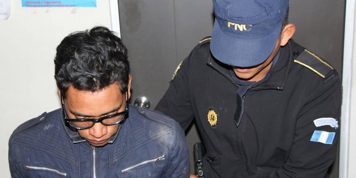 Hombre es capturado tras ser sorprendido agrediendo sexualmente a niño de 6 años