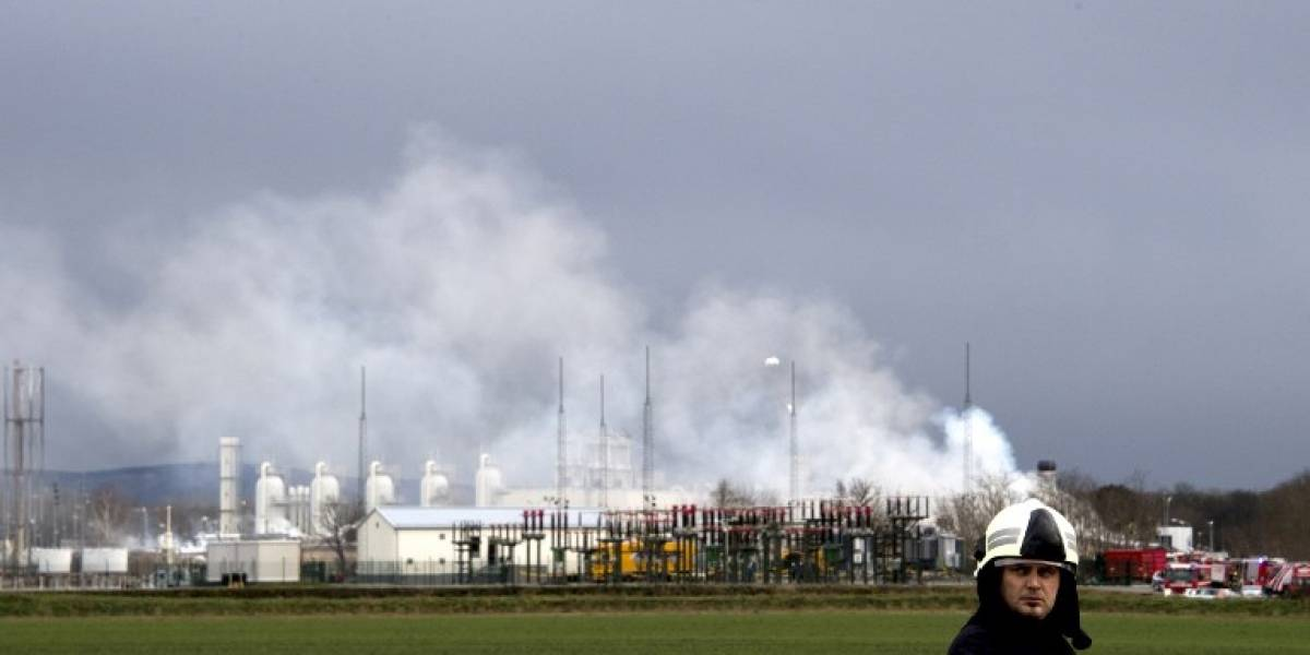 FOTOS. Explosión en terminal de gas deja un muerto en Austria