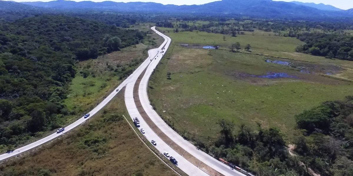 Ministerio de Comunicaciones anuncia rehabilitación de 40 tramos carreteros