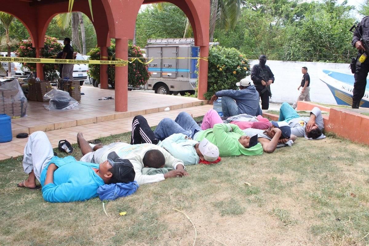 Guatemaltecos detenidos con droga en El Salvador