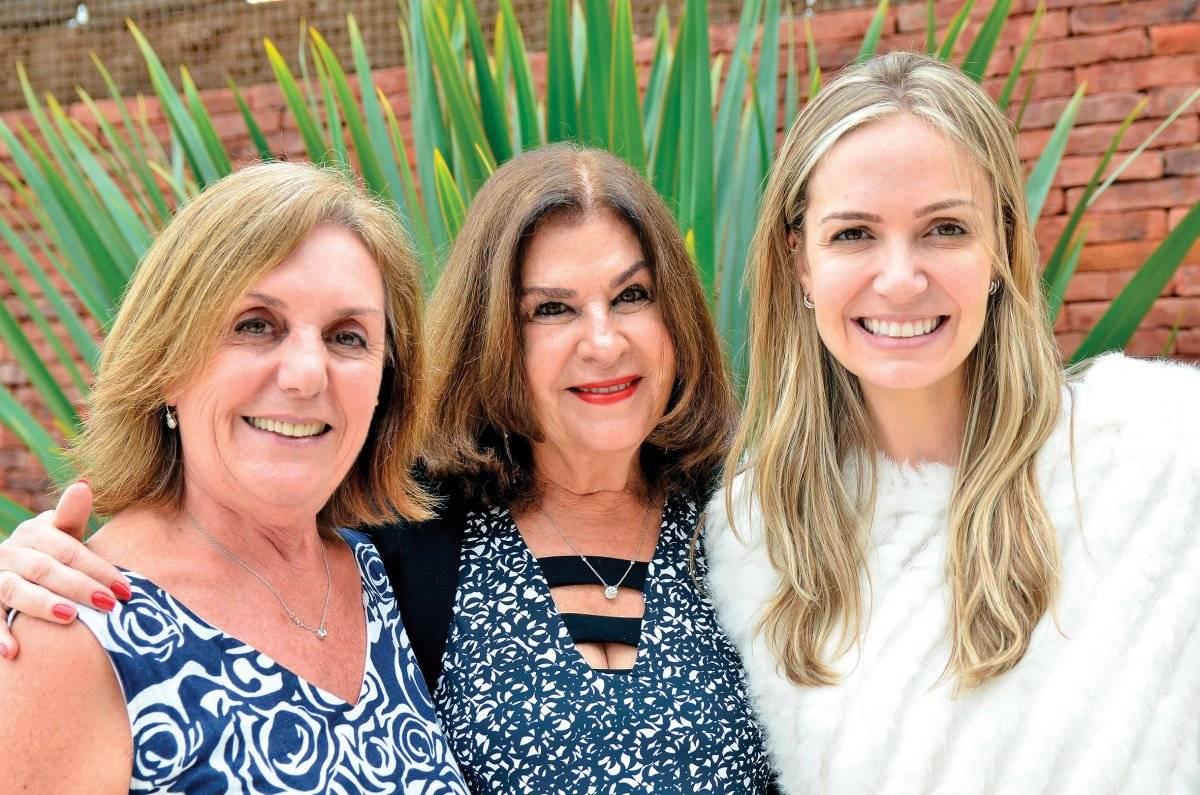 Maria Helena Wagner, Nonô Saad e Audrey De Castro Divulgação