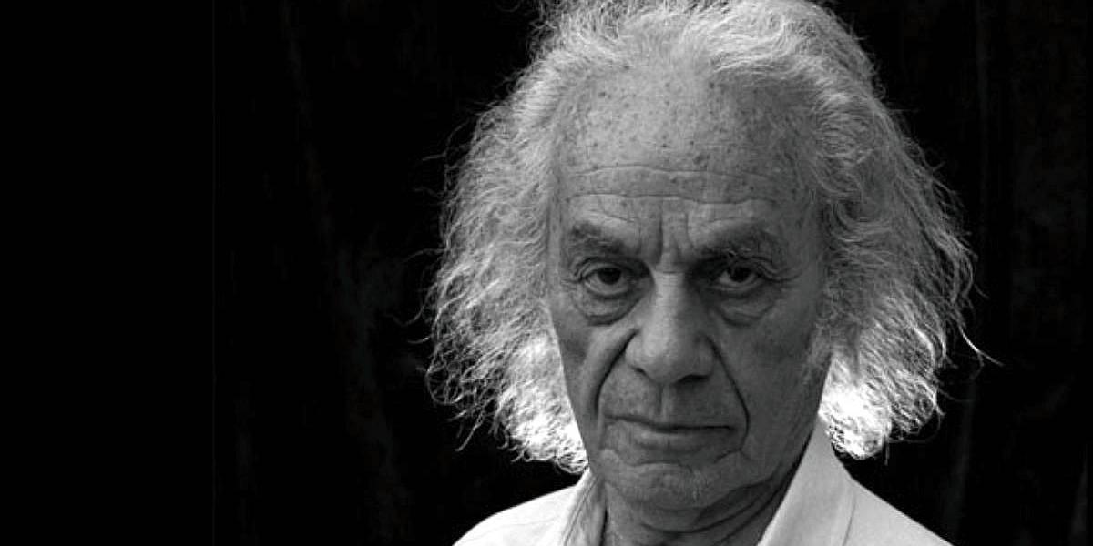 Roban cuadernos originales del poeta chileno Nicanor Parra