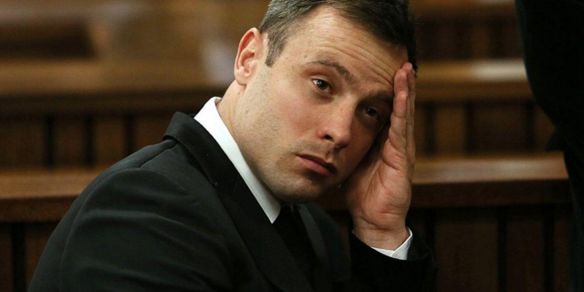 Oscar Pistorius sufre lesión tras pelea en prisión