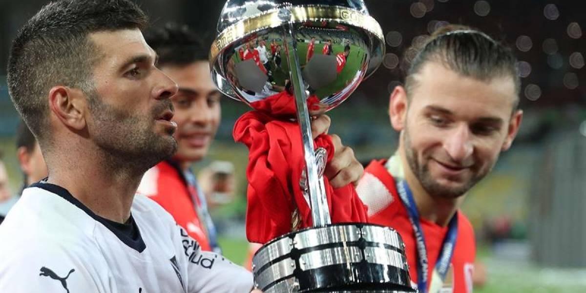 """""""Mística"""", """"volvió el Rey"""": la prensa argentina se rindió al campeón Independiente"""