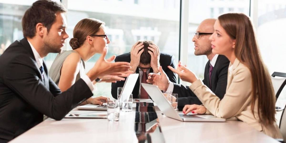 La regla de los 5 minutos para no perder tiempo en reuniones de trabajo