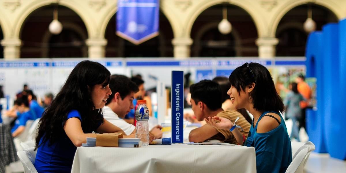 """Los """"ofertones"""" de las universidades privadas para quedarse con los puntajes nacionales"""