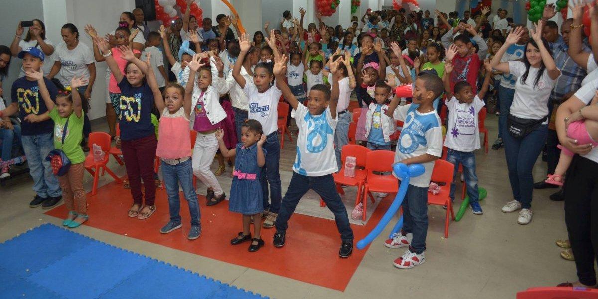 Celebran fiesta infantil del programa Humano de Corazón
