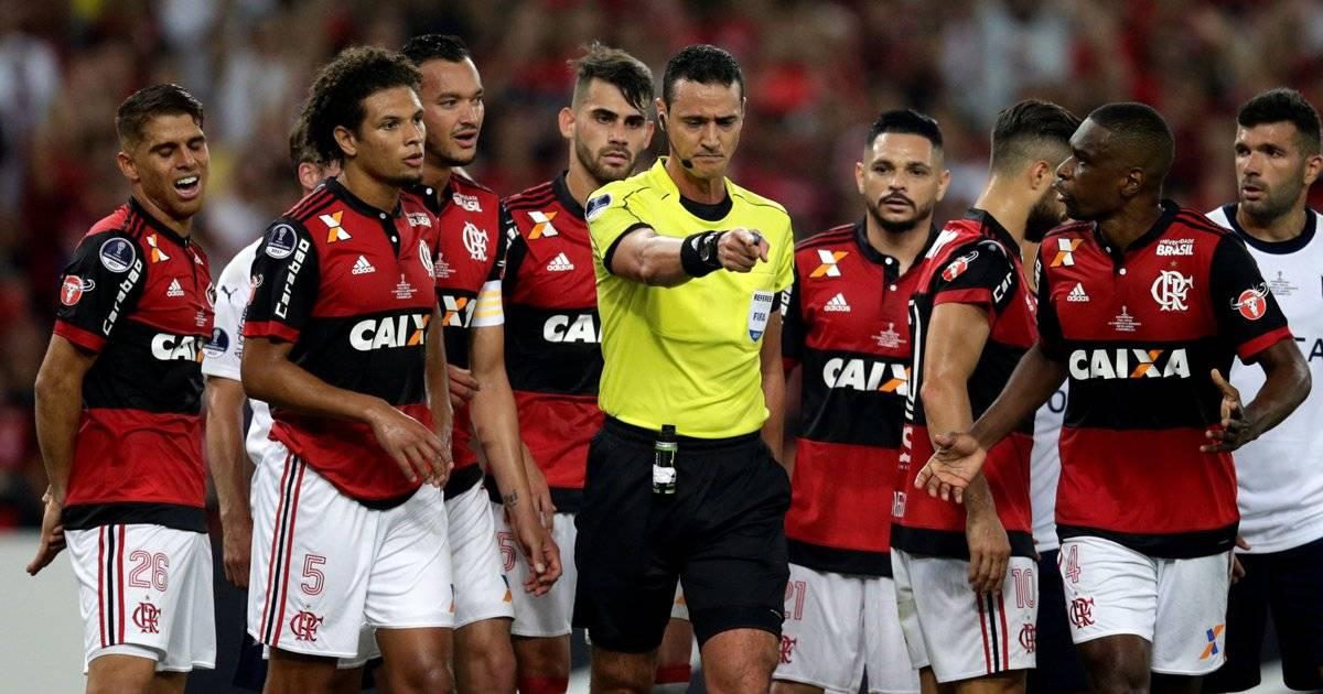 Flamengo reclama