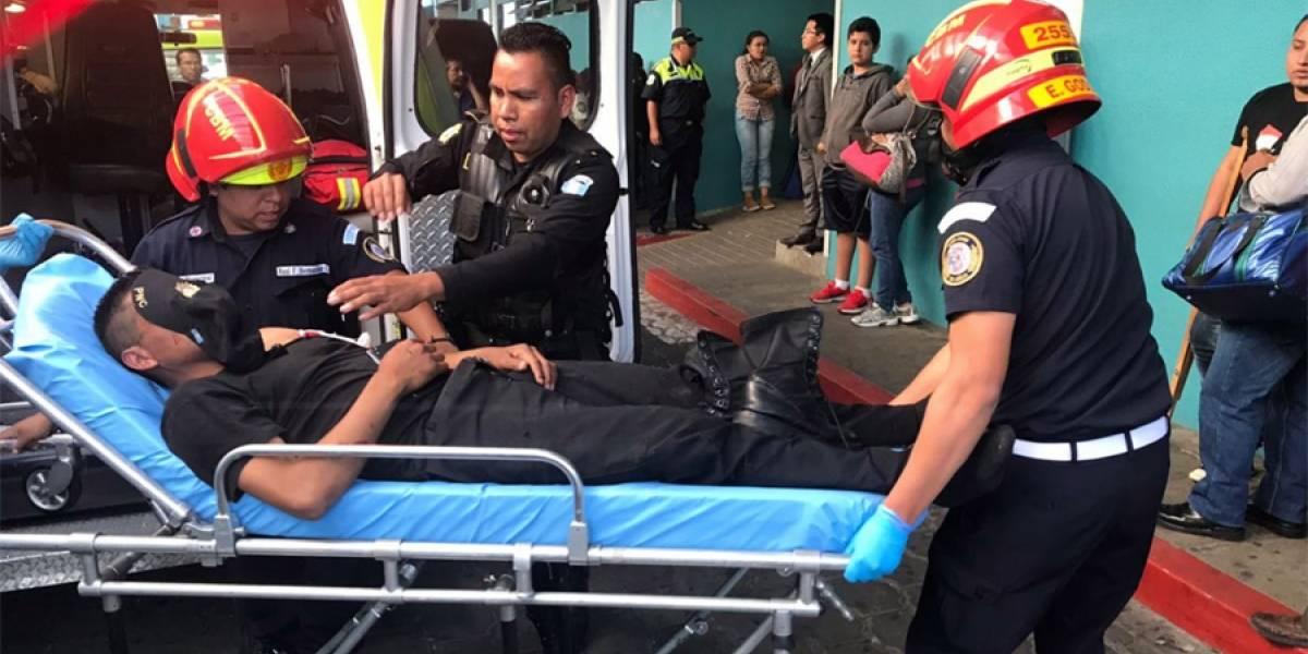 Dos agentes PNC heridos tras explosión de artefacto en subestación de El Milagro