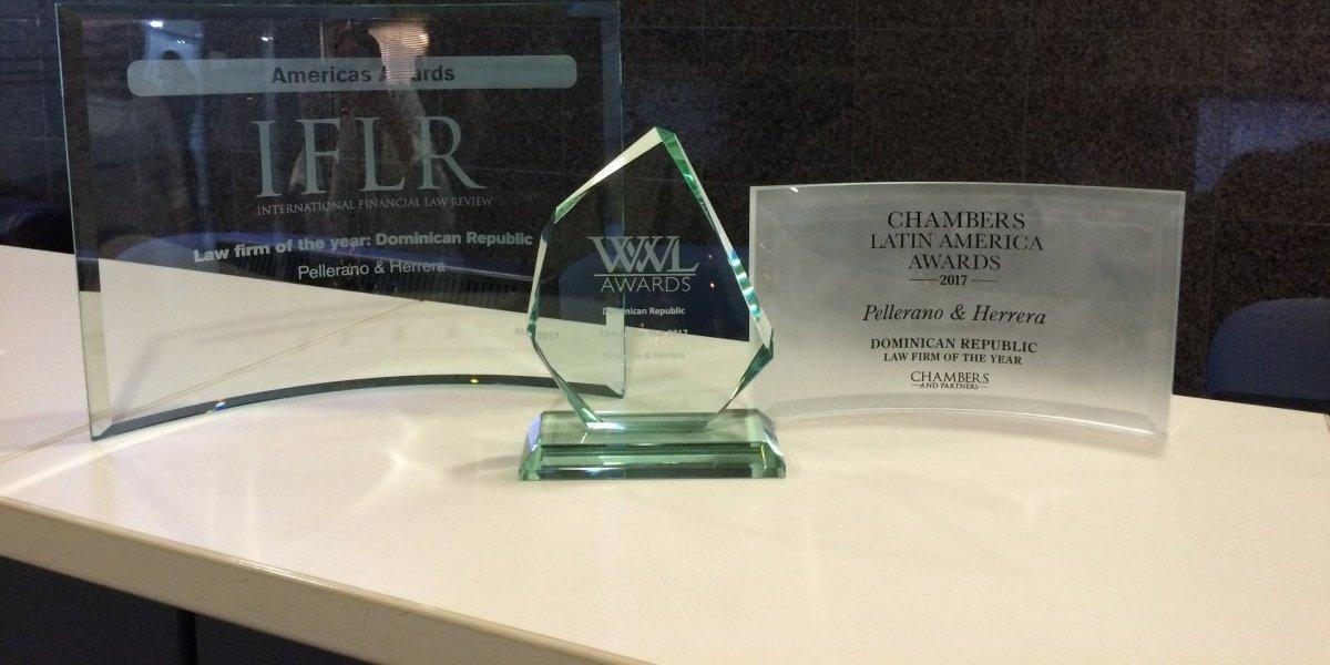 RD gana premios internacionales más importantes del Derecho