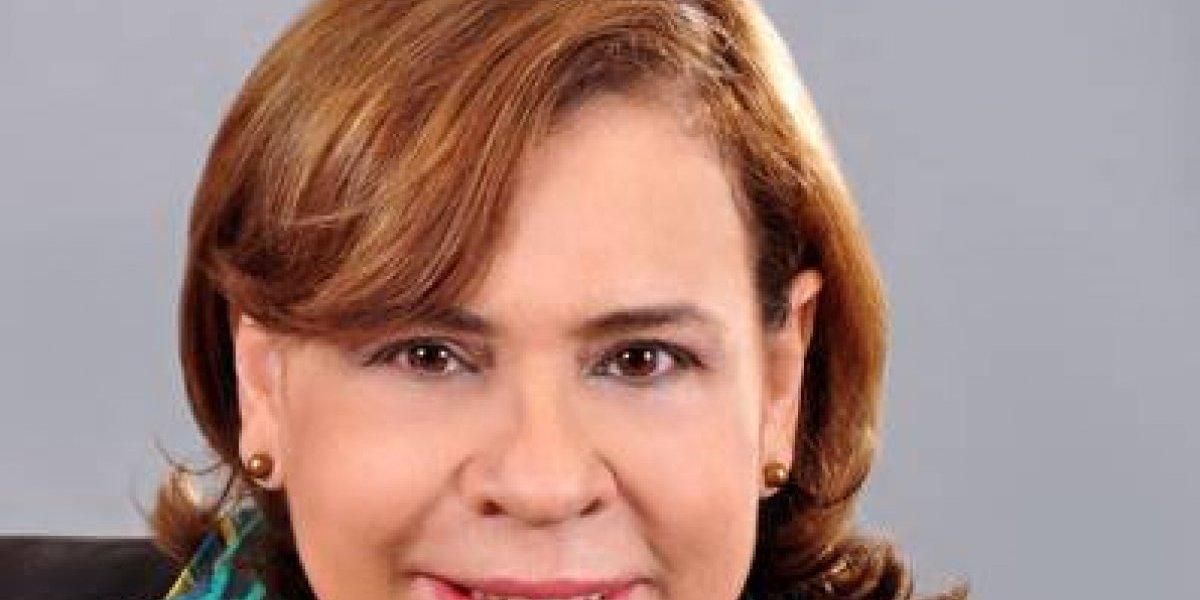 Mirna Pimentel presentará programa especial por fin de año
