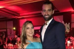 Toni Costa anuncia que se casa con Adamari López 7b2d00cdcce