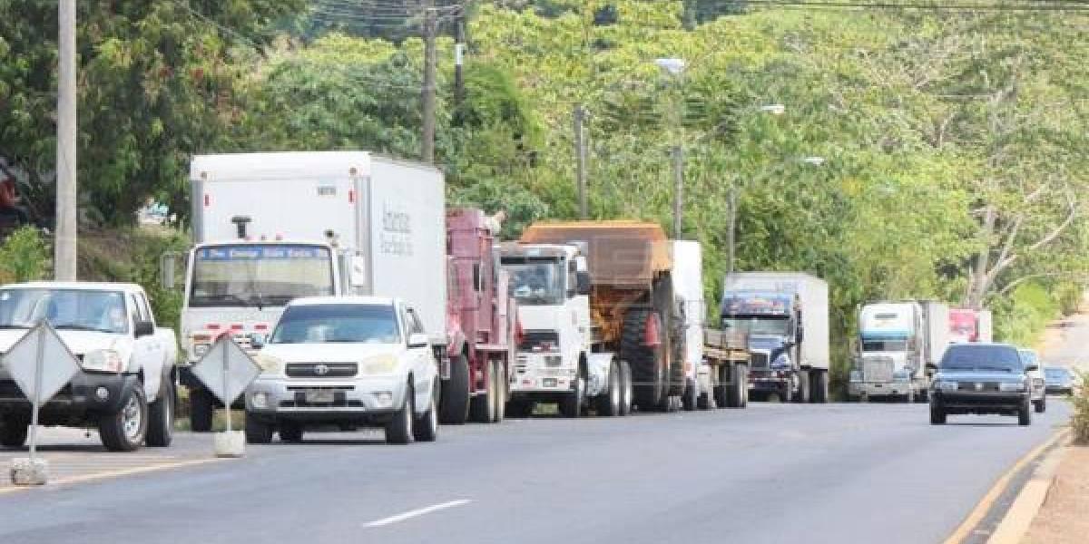 Horarios en los que el transporte pesado no podrá circular este fin de año