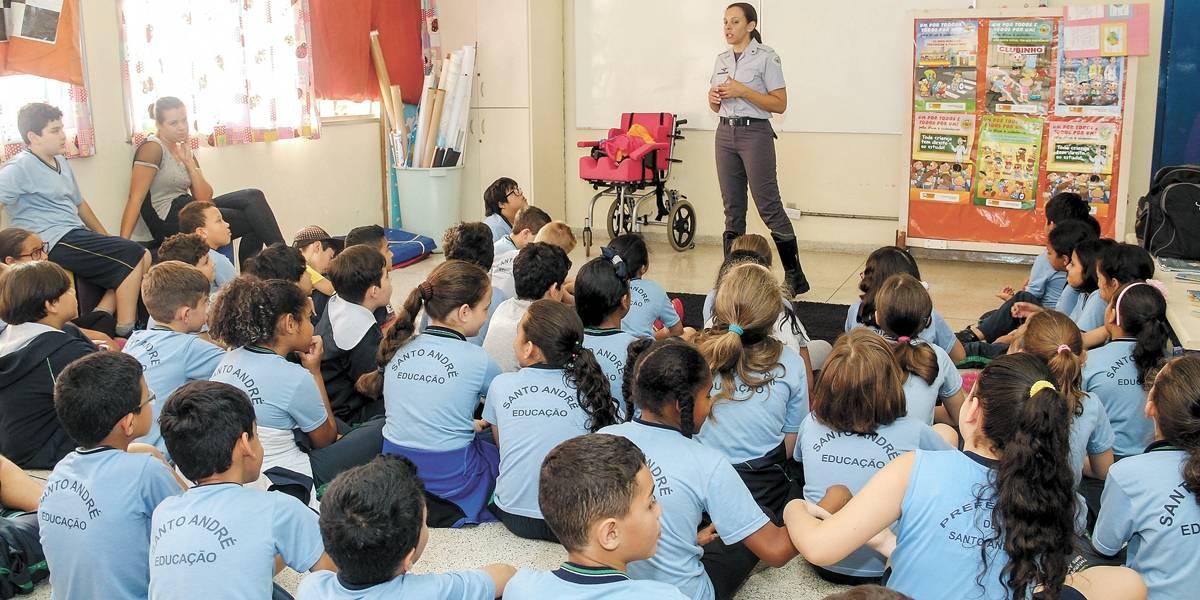 Santo André compra uniforme para abastecer escolas da rede municipal por dois anos