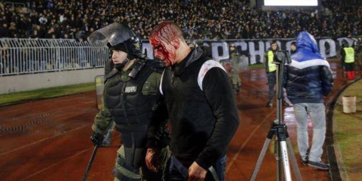 VIDEO: Pelea entre aficionados deja 26 detenidos y 20 heridos