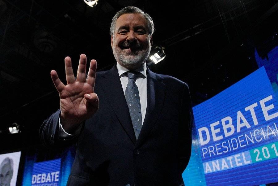 Guillier quiere derrotar a Piñera / imagen: Aton Chile