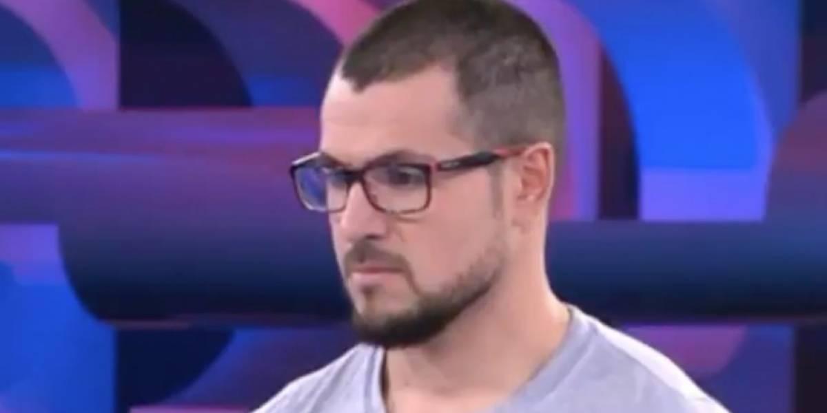 El increíble fail de concursante en programa de TV: falla la pregunta más fácil y más encima tenía la respuesta en su polera