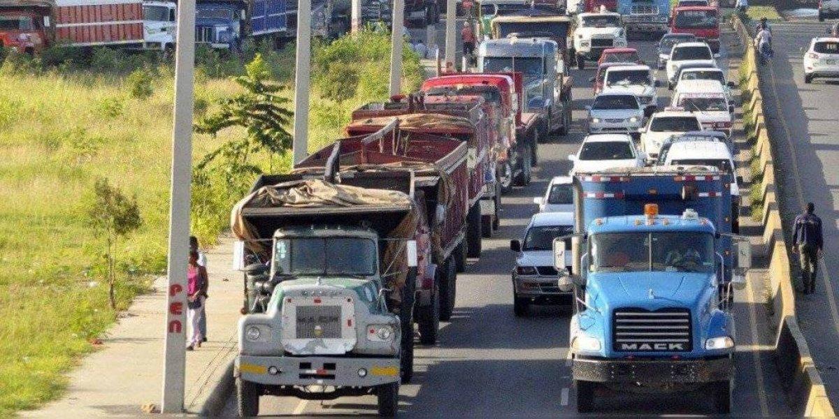 Competitividad dice RD pierde cerca de 40 millones de pesos por cada hora de paro Fenatrado